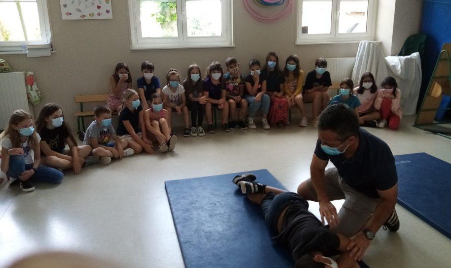 La formation aux premiers secours dans la classe des grands